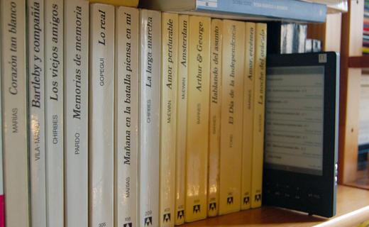 Libros físicos y electrónicos